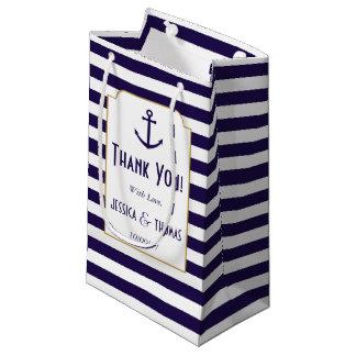 Den nautiska marin- & vitranden ankrar bröllop