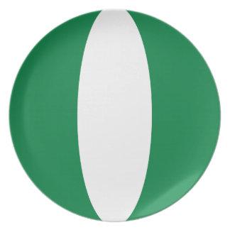 Den Nigeria Fisheye flagga pläterar Tallrik