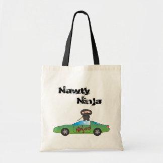 Den Ninja'd totot hänger lös - en Nawty Ninja Budget Tygkasse