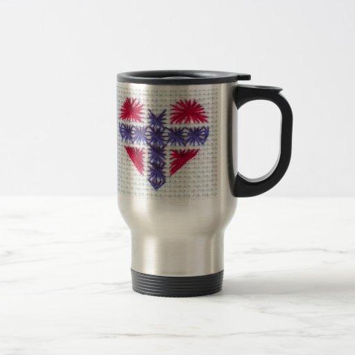 Den norska flaggahjärtakor syr den nordiska norgen kaffe kopp