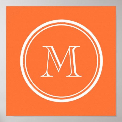 Den orange kicken avslutar kulört Monogrammed Affisch
