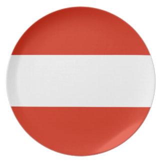 Den Österrike flagga pläterar Tallrik