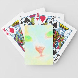 Den pastellfärgade Maine Coonkatten avbildar Spelkort