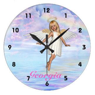 Den personifierade ängelhimmelväggen tar tid på - stor klocka