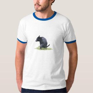 Den Pooping hunden T Shirt