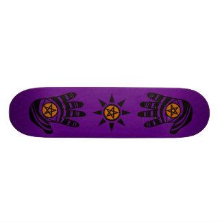 Den purpurfärgade pentaclen räcker skateboarden old school skateboard bräda 21,6 cm