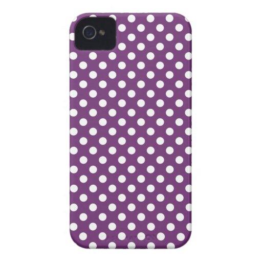 Den purpurfärgade polkaen pricker blackberry boldf iPhone 4 cover