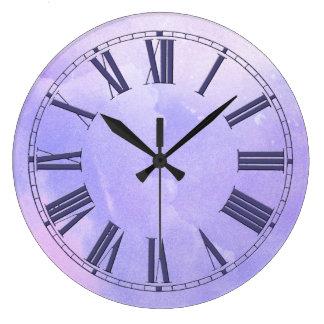 Den purpurfärgade vattenfärgen verkställer stor klocka