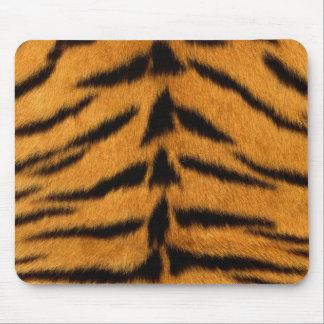 Den randiga tigern flår musmattor
