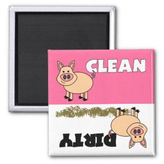 Den rena gulliga grisen/smutsar ner diskaremagnete