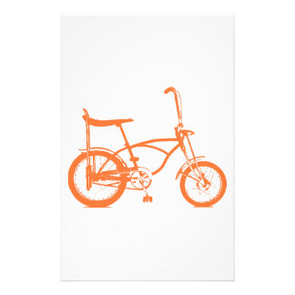 Den Retro orange Krate bananen placerar cykeln Brevpapper