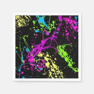 Den Retro regnbågen av neon målar Splatters på Papper Servetter