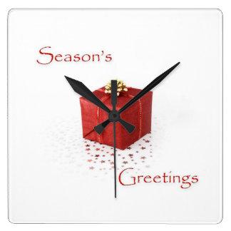 Den röda gåvan boxas säsong hälsningar tar tid på fyrkantig klocka