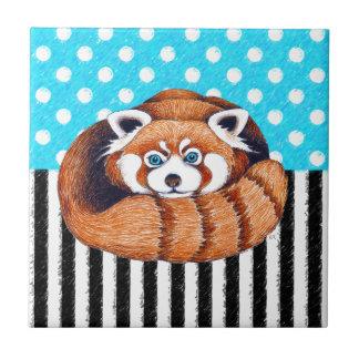 Den röda polkaen för pandabjörnblått pricker kakelplatta