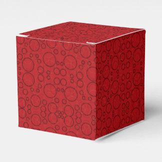 den röda svarten cirklar gåvan boxas presentaskar
