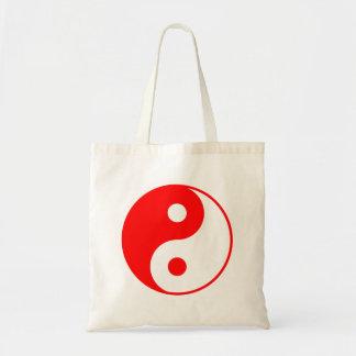 Den röda Yin Yang totot hänger lös Tygkasse