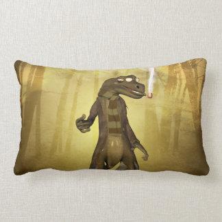 Den roliga geckoen med solglasögon och leda i rör kuddar