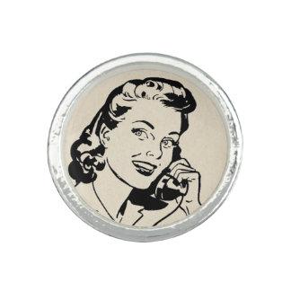 Den roliga Retro hemmafrun på vintage ringer Foto Ring