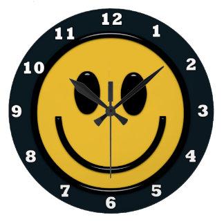 Den roliga smiley faceHippieväggen tar tid på Stor Klocka