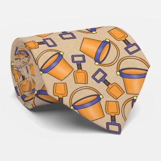 Den roliga stranden ösregnar mönstertien slips
