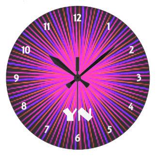 Den rosa anden cirklar anpassningsbar stor klocka