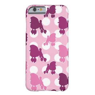 Den rosa pudelpolkaen pricker barely there iPhone 6 skal