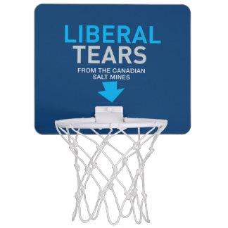 Den salt frisinnade tårar bryter Kanada den roliga Mini-Basketkorg