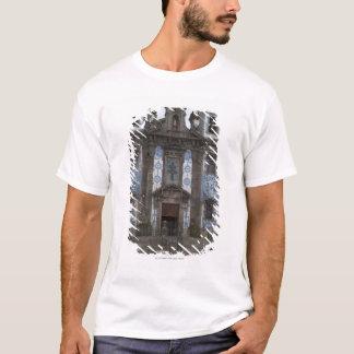 Den Santo Ildenfonso kyrkan med belägger med tegel Tee Shirt