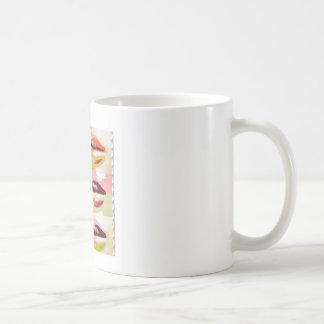 Den SENSUELLA pojkvännen för läpparkyssGÅVOR Kaffemugg