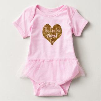 Den som vi bad för glitterhjärta Onsie T-shirt