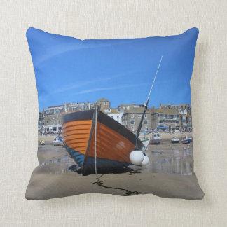 Den St Ives fiskebåten dämpar Kudde