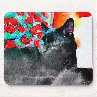 Den svart kattmusen vadderar musmatta