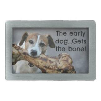 Den tidiga hunden får ben