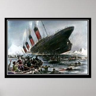 Den Titanic sjunkande konstnären beskådar titanic Poster