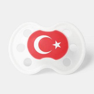 Den turkiska flagga cirklar napp
