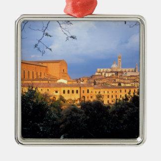 Den Tuscan byn av Sienna, Italy. Julgransprydnad Metall