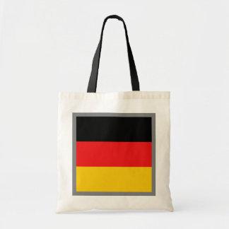 Den tysklanda flagga hänger lös kasse