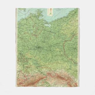 Den tysklanda östran delar upp fleecefilt