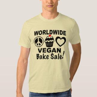 Den världsomspännande veganen bakar Saleskjortan Tröjor