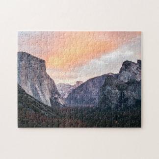 Den Yosemite tunnelen beskådar reser fotoet Pussel