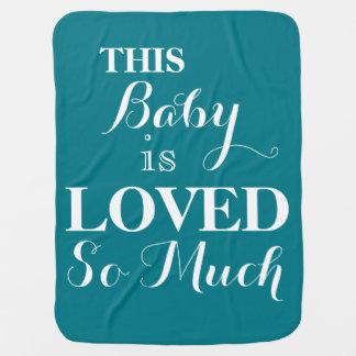 Denna baby älskas så mycket baby med hjärtfelfilt bebisfilt