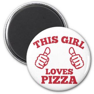 Denna flicka älskar Pizza Magnet