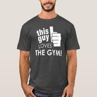 Denna grabb älskar idrottshallen! tshirts