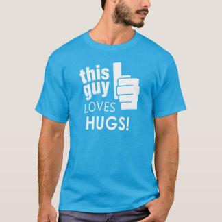 Denna grabb älskar kramar! tee