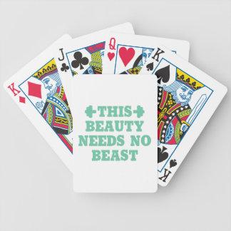Denna skönhet behöver ingen beast spelkort