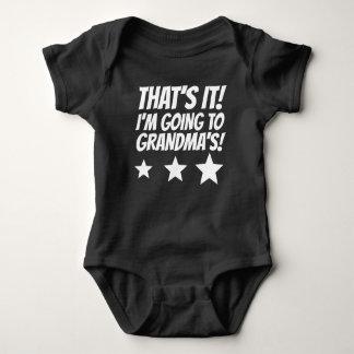 Det är det I-förmiddagen som går till mormodern T-shirts