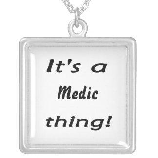 Det är en läkaresak! halsband med fyrkantigt hängsmycke