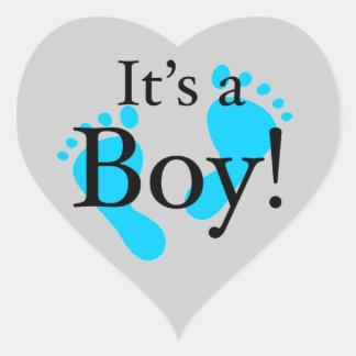 Det är en pojke - Nyfödd baby shower Hjärtklistermärken