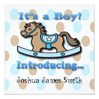 Det är en pojke som vaggar hästfödelsemeddelande fyrkantigt 13,3 cm inbjudningskort