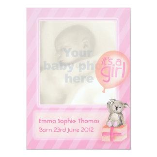 Det är kort för meddelande för bebis för 14 x 19,5 cm inbjudningskort